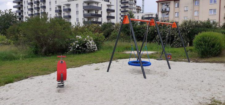 Otwarto nowy plac zabaw przy ul. Kurpiowskiej!
